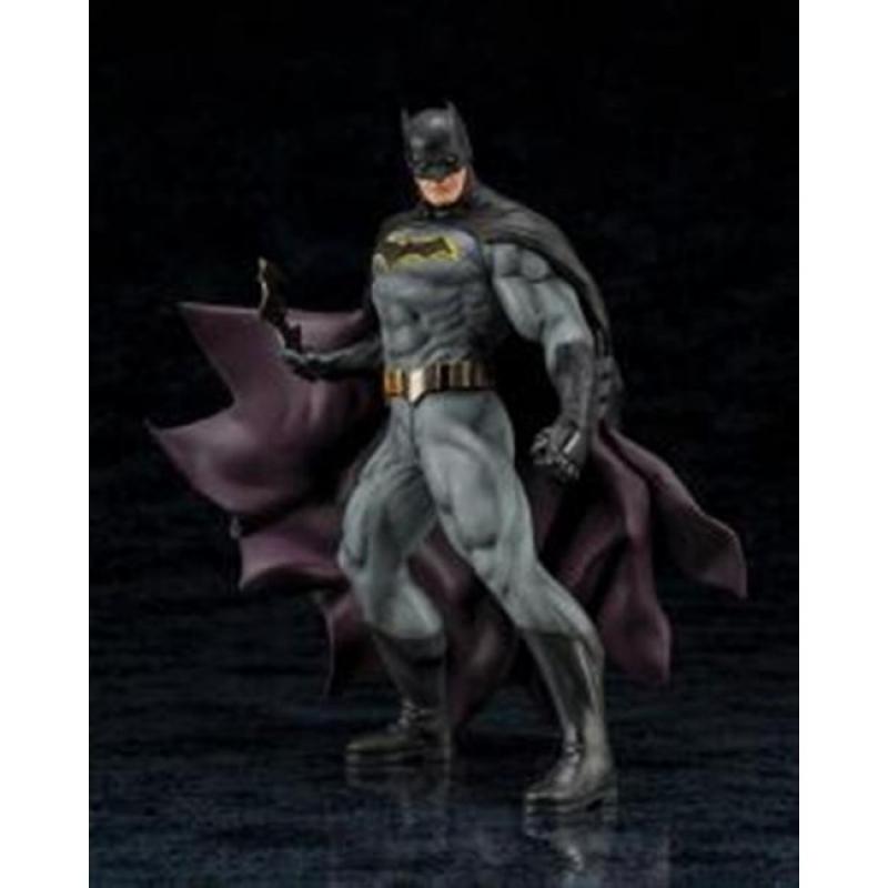 DC UNIVERSE - BATMAN REBIRTH ARTFX STATUE 19CM
